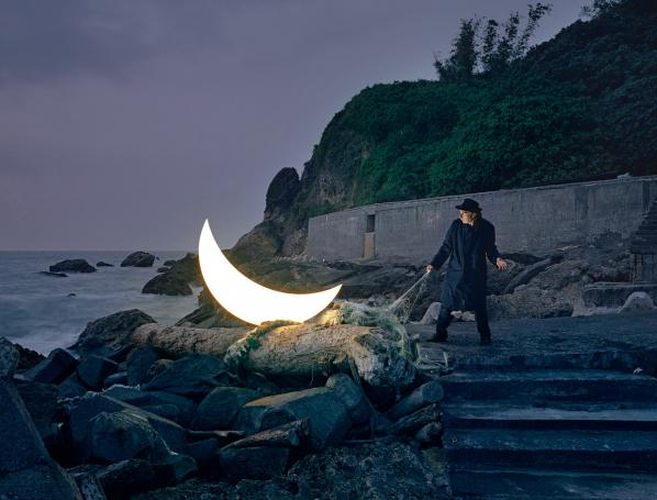 Leonid Tishkov. Private Moon. 2003–2017. Light installation, photographs, video. Courtesy of the artist